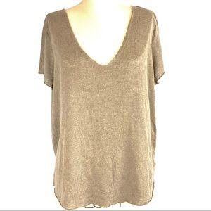 Project Social T raw hem v neck tshirt size L 🐵
